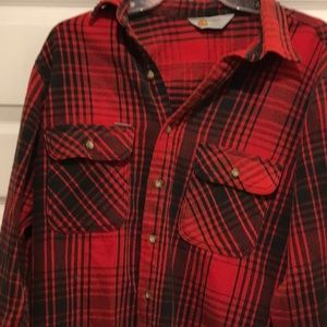 Carhartt Shirts - Men's Carhartt  flannel shirt in red and black